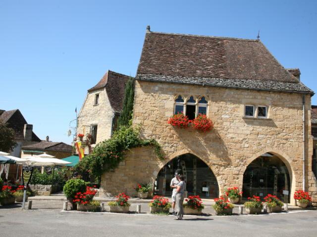 Bastide de Domme, Place de la Rode