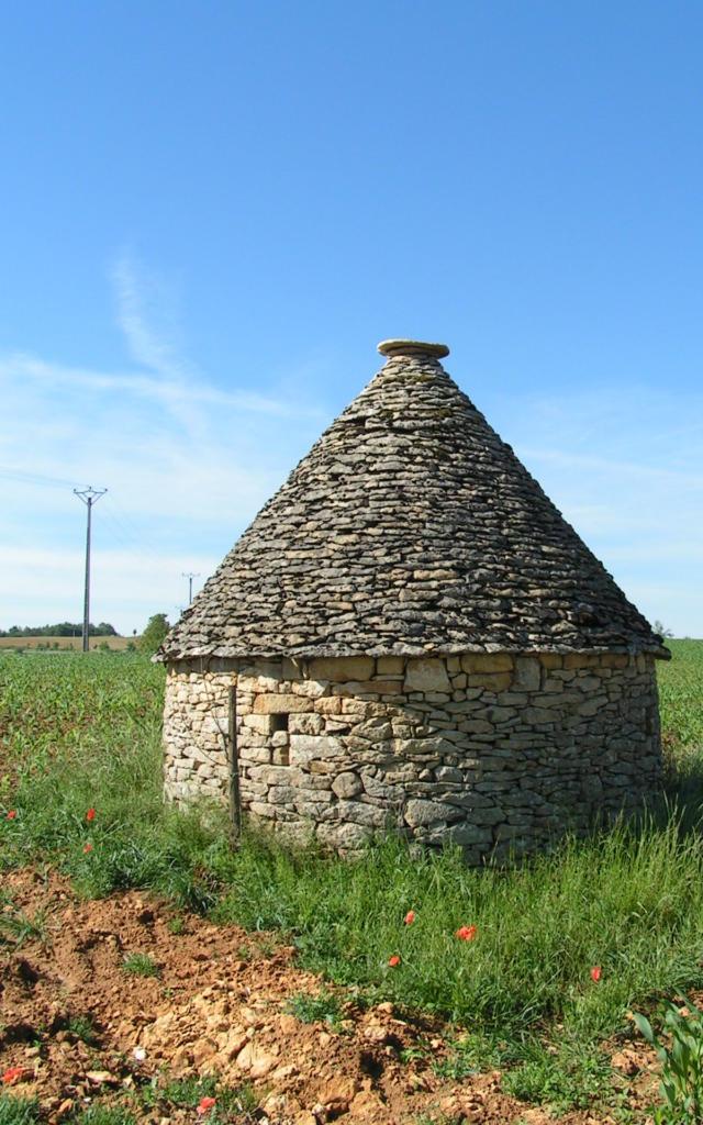 Cabane en pierre sèche du Périgord