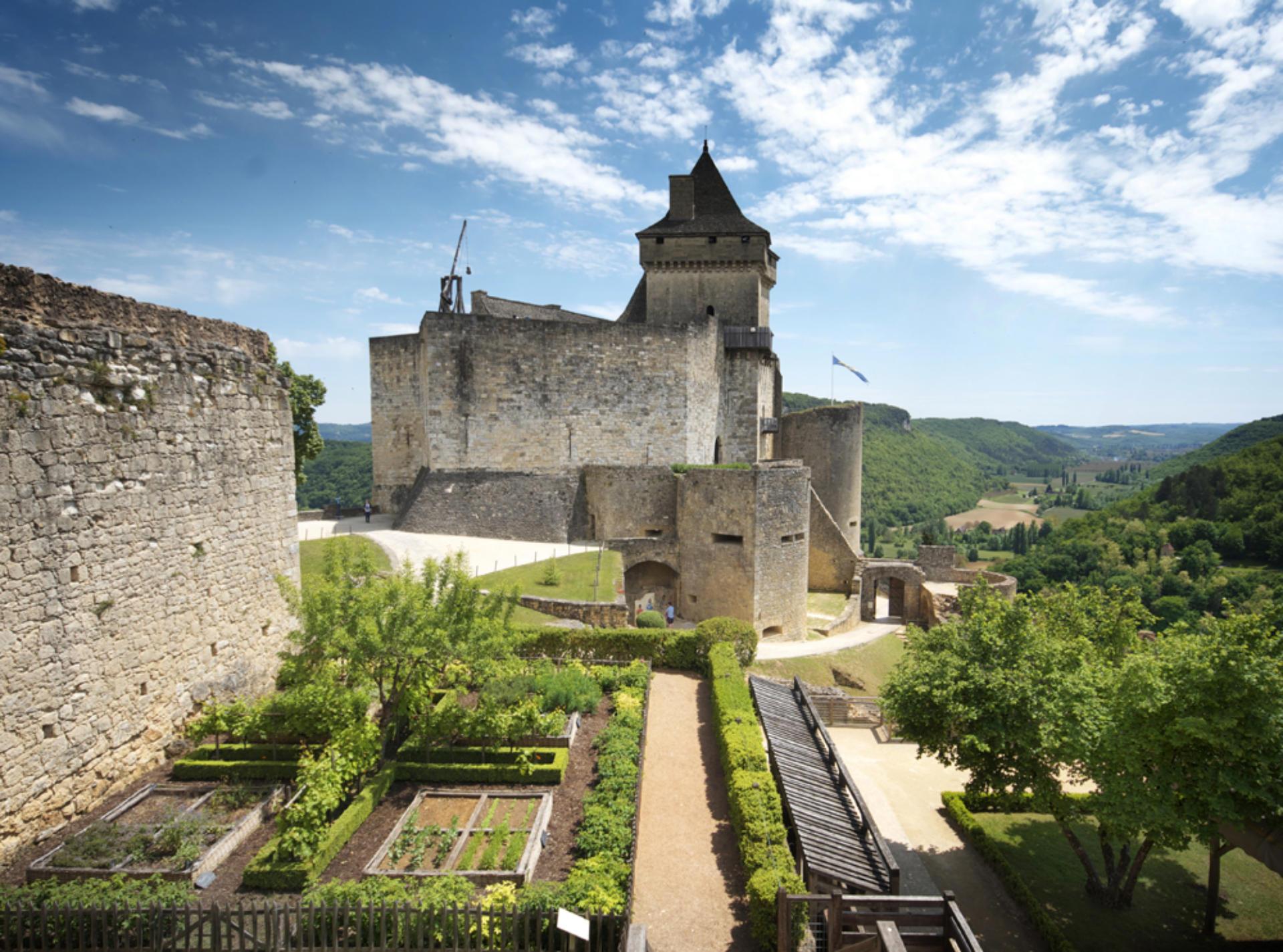 Camping proche châteaux Dordogne Castelnaud