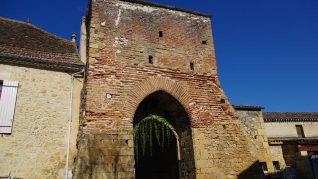 Ancienne porte de la Bastide de Lalinde