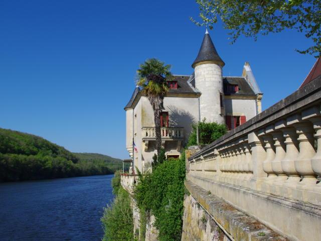 Lalinde Rive Gauche ®pays De Bergerac Vignoble Et Bastides