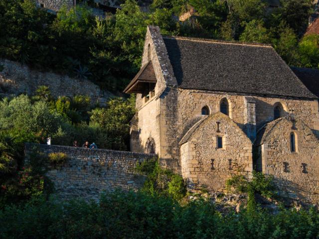 Toit en lauze de l'église de La Roque-Gageac