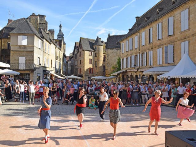 Sarlat Swing It au coeur de la cité médiévale début Juin