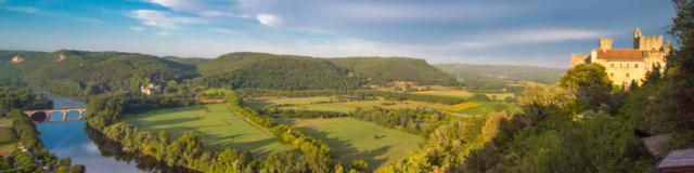 Vue sur le château de Beynac et la Vallée de la Dordogne