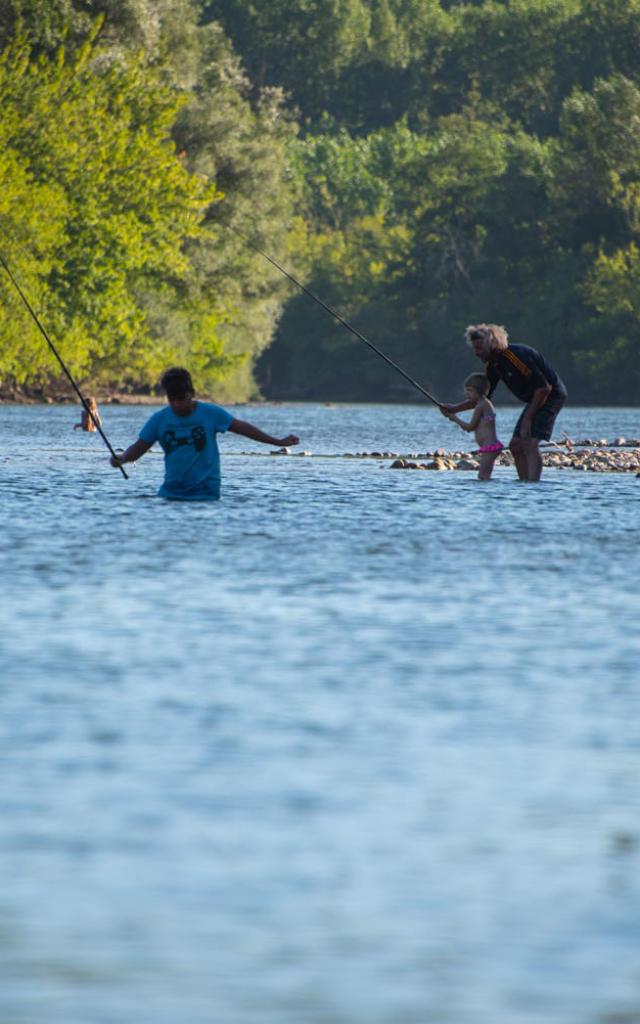 Pêche à la mouche dans la Dordogne