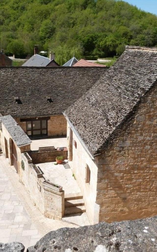 Maisons périgourdines à Saint Amand de Coly