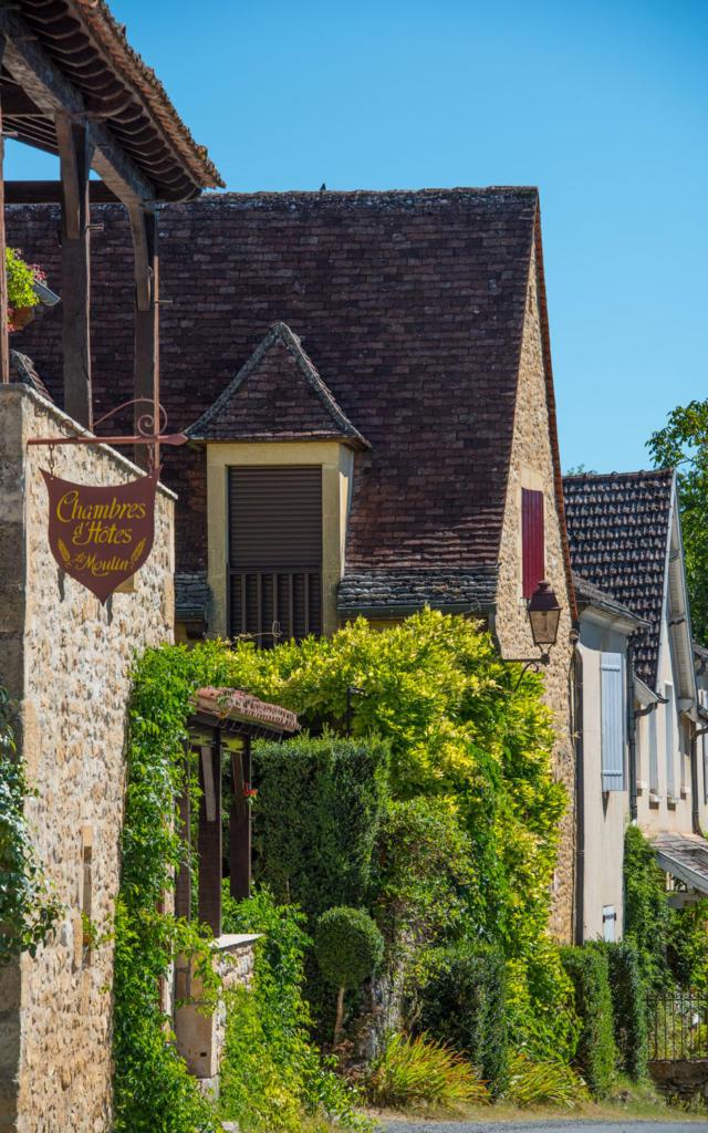 Ancien moulin de Saint Vincent De Cosse abritant aujoud'hui une chambre d'hôtes