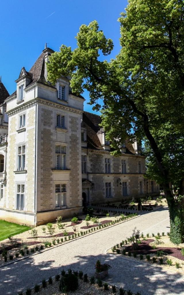 Château de Monrecour, Hôtel-restaurant à Saint Vincent de Cosse