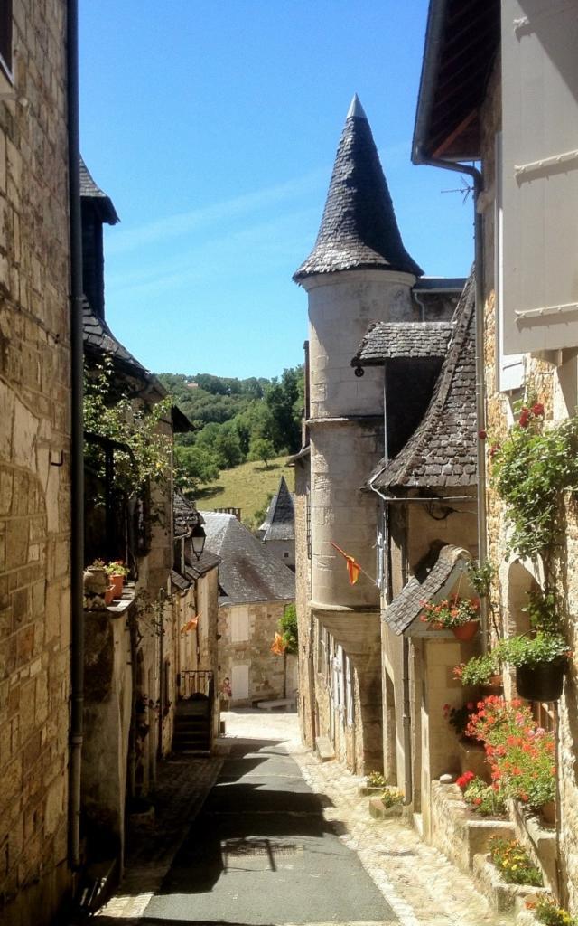 Rue du village de Turenne, près de Brive