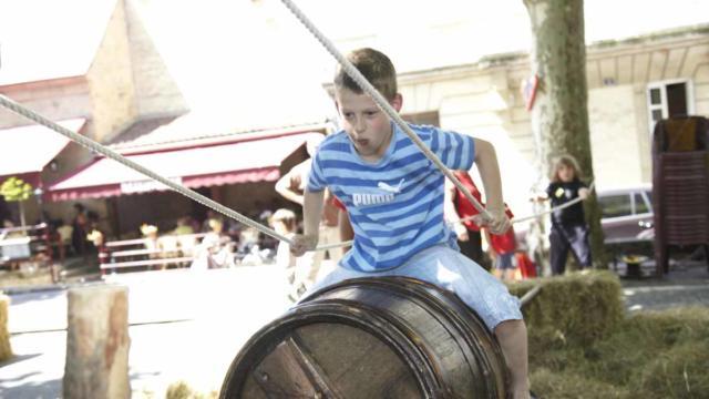 Le rodéo tonneau : jeu traditionnel de La Ringueta à Sarlat