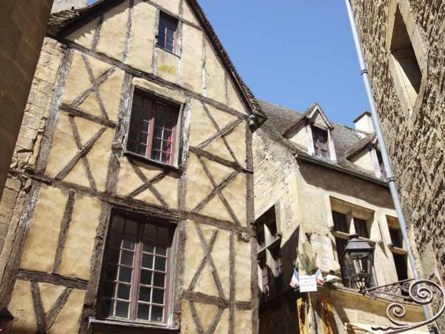 Maison à colombages de la rue des Armes à Sarlat