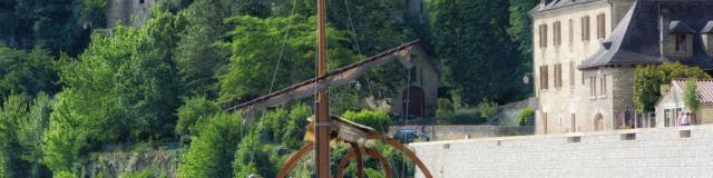 Gabarre à La Roque-Gageac, vallée de la Dordogne