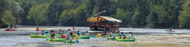 Canoes (4)