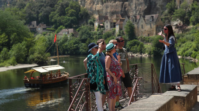 Les Enigmes d'Eliette, visite insolite de la Roque-Gageac