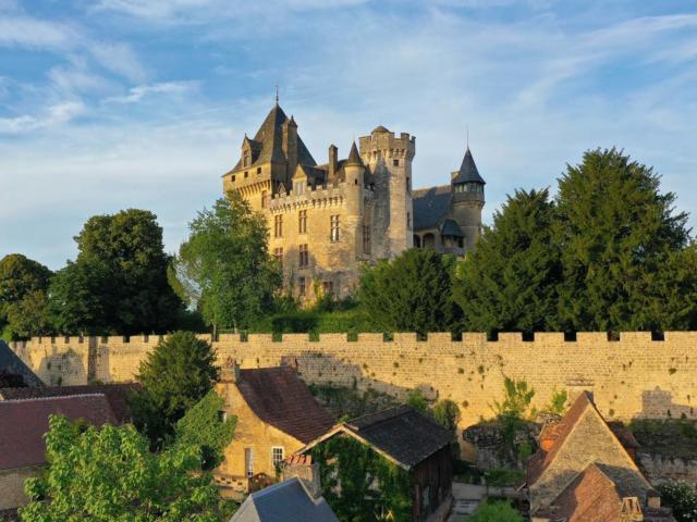 Le hameau de Montfort près de Sarlat en Périgord